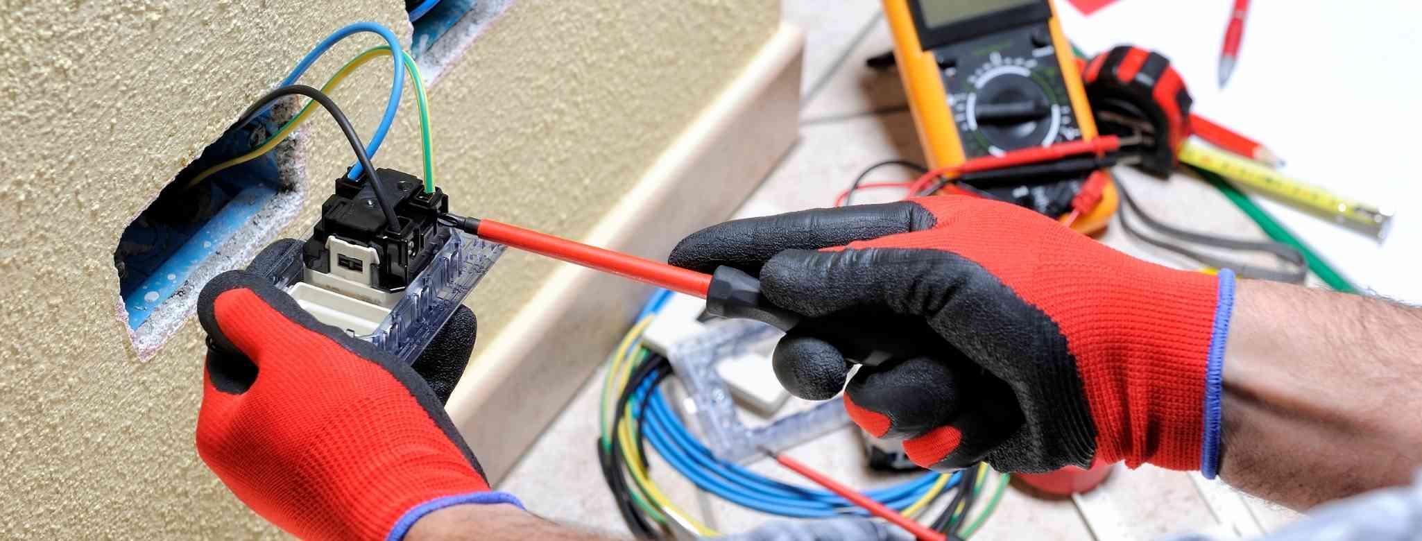 עבודות חשמל בבית